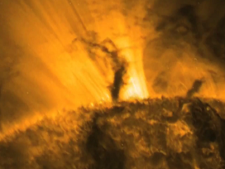 მზის გიგანტური ტორნადოები