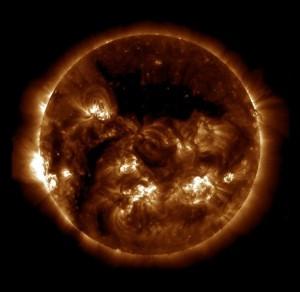 ნახაზი. 1. მზის გამოსახულება (SDO AIA 193, 2013/07/18 16:00:06)